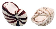 """Sea Shell Salt & Pepper Shaker in uncletomstoystore's Garage Sale in Portland , OR for $20.00. Features: Decorative salt and pepper shaker set is made from highly detailed plaster Paint is baked into surface to prevent chipping Salt and pepper shakers are made from glass Overall height: 3"""" well be on your door step in 7 to 14 days"""