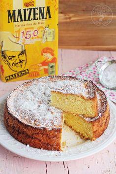 *Bizcocho de Maizena* , un bizcocho muy suave y esponjoso que gusta a todo el mundo. Ideal para celíacos pues esta harina no contiene gluten.