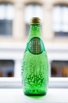 Two artists, one bottle. Illustrator Billur Kazaz takes a pen to our limited edition street art Perrier collaboration with French artist L'Atlas. Click through to see more street art by Perrier on the blog.