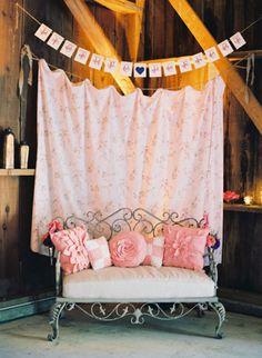 Colorful Barn Wedding by Michelle Warren « Southern Weddings Magazine