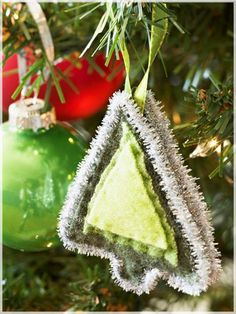 Holiday: Ideas DIY Felt Ornaments for Christmas Tree: 12 Ideas DIY Felt Ornaments For Christmas Tree Little Tree Felt Ornaments ~stakeyourclaimny.com Inspiration