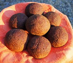 I liked the older recipe a lot, but it had a LOT of psyllium fiber. This is the improved version of Silly Um Buns. Call this version Silly Um Buns IIa. Old Recipes, Bread Recipes, Baking Recipes, Healthy Recipes, Wheat Belly, Keto Bread, Bread Rolls, Grain Free, Sugar Free