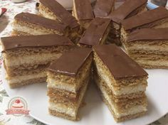 undefined Tiramisu, Candy, Cookies, Chocolate, Baking, Ethnic Recipes, Food, Crack Crackers, Chocolates
