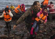 Affonda barcone di migranti nel Mar Egeo 11 vittime tra cui 5 bambini