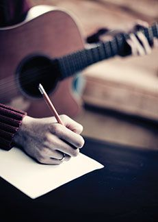 Tips for Songwriting - Imagery --How to write songs #songwriting