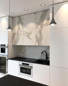 Design is a balance between form and function ... it takes two. . 📸 / Project / @carolines_design . #details #carolinesdesign #luxurydesign #luxuryliving #interiors #warszawa #milliondollarhomes #newyork #california #dubai #miami #luxuryhomes #estate #architecture #photography #nyc #fashionblogger #instagood #modern #glamour #gdynia #trojmiasto #blackandwhite #photography #picoftheday #kitchen #stone #interiordesign #amazingarchitecture #amazingdesign #penthouse