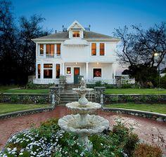 Heritage Museum of Orange County's historic Kellogg House in Santa Ana, CA - Photo by Pablo Serrano Images