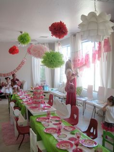 Strawberry Shortcake party--love the mismatched child sized chairs with adult seating arranged behind 5th Birthday Party Ideas, Birthday Fun, Strawberry Shortcake Birthday, Fiestas Party, Little Girl Birthday, Party Gifts, Tea Party, Party Planning, Just In Case