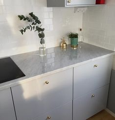 Some parts of the remodel are easier than expected as IKEA kitchen design ideas include those DIY steps we are all used to from the. Ikea Kitchen Design, Kitchen Tiles, Kitchen Interior, New Kitchen, Interior Design Living Room, Kitchen Dining, Kitchen Decor, American Kitchen Design, Hacks Ikea