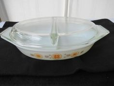 EXCEPTIONAL Pyrex Town & Country Oval Divided 1.5 Quart Casserole Dish w/ Lid #Pyrex