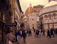 duomo, florence, italy. damian and i bought a little chicken painting in this very piazza on our honeymoon. ahhh...