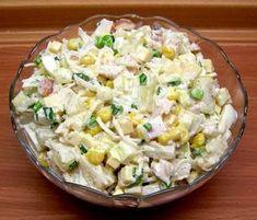 Sałatka z wędzonym kurczakiem, ananasem, jajkami, białą papryką, selerem, szczypiorkiem i żółtym serem. – MOJE WYPIEKI I DOMOWE GOTOWANIE