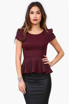 Jetson Peplum Top in Burgundy Look Fashion, Fashion Beauty, Fashion Outfits, Fashion Ideas, Classy And Fabulous, How To Look Pretty, Couture, Passion For Fashion, Autumn Winter Fashion