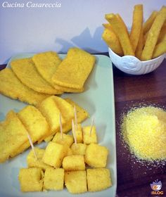 Polenta fritta ricetta antipasti facile da preparare ideale per la preparazione di buffet per feste o per cene da spalmare con sughi o intinta in salse