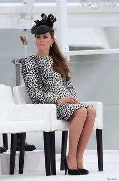 Kate Middleton making leopard look so sophiaticated