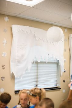 Window treatment ideas for #OperationArctic #vbs2017