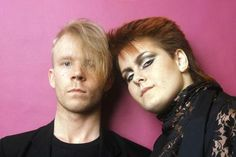 Yazoo - UK Duo Pop Singer Alison Moyet and Vince Clarke. She went solo and he joined Erasure. Music Radio, 80s Music, Alison Moyet, Yazoo, 80s Pop, The New Wave, Music Images, Love Songs Lyrics, Post Punk