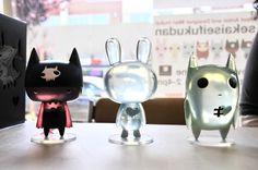 Mari Inukai and Inner Sanctum released her Sekaiseifukudan Art Toys