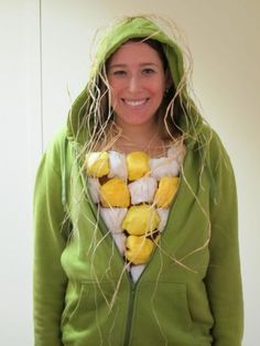 Cute and easy to craft, you can't go wrong with this DIY Corn on the Cob costume.