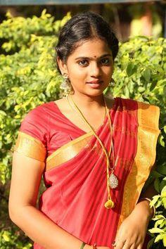 Thedu Movie Stills Beautiful Blonde Girl, Beautiful Girl Indian, Most Beautiful Indian Actress, Cute Beauty, Beauty Full Girl, Beauty Women, Beauty Girls, Beautiful Bollywood Actress, Beautiful Actresses