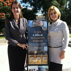 Public witnessing in Sao Paulo, Brazil  Photo shared by @jrbalta  http://www.jw.org