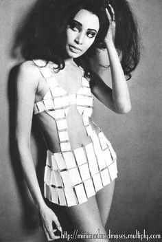 donyale luna....in 1966 she was the 1st african american model to the grace the cover of british vogue