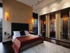 Small Master Bedroom Design - http://agmfree.com/0222/home-design-interior/small-master-bedroom-design/753