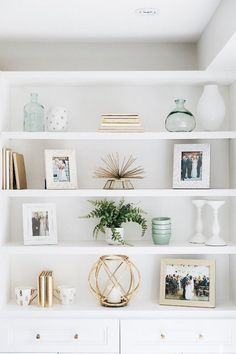 35 Essential Shelf Decor Ideas (A Guide to Style Your Home) bedroom livingroom kitchen ikea builtin wall modern teen diy floating 778208010589218955 Amazon Home Decor, Easy Home Decor, Cheap Home Decor, Classic Home Decor, Natural Home Decor, White Home Decor, Before After Kitchen, Decoration Bedroom, Entryway Decor