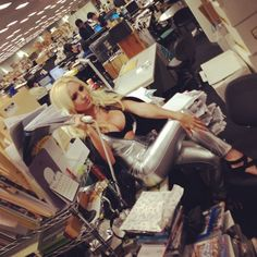I've known Jessica Nigri for a few years now. I remember tying to hang with Jessica once on the topic of video games once. I was in over my head. Jessica's a true gamer. I don't know if that makes her a geek, I'm sure if you ask her she'd probably say she's a cosplayer and a gamer. But she's also a very nice person and a good friend... and she's still very much on top of her game.  Jessica's Facebook Page.   Jessica's Twitter Machine.