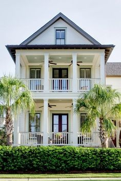 Pillars and Palm trees ... Southern Style Living