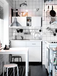 1000 images about cocinas peque as on pinterest compact - Cocinas en negro ...