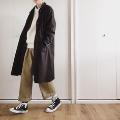 "Reposting @miki__072: ... ""* 2017.1.7(sat) 3連休の初日。 意味なくウキウキ♪ ・ ・ #コーディネート#コーデ#ファッション#服#今日のファッション#着画#着画くらぶ#お洒落さんと繋がりたい#お洒落#洋服#コンバース#instagood#code#fashion#fashionista#fashionpic#todaysfashion#instafashion#ootd#outfit#coordinate#outfitoftoday#converse"" Womenswear fashion mode style"