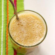 Rezept: Bananen-Orangen-Melonen Smoothie - fruchtig. Alle Informationen: Zutaten, Garnitur, Glas, Zubereitung, ...