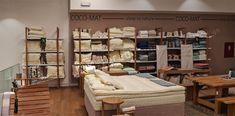 Η KM store designανέλαβε και ολοκλήρωσε την κατασκευή του εξοπλισμού για την εταιρέια Coco mat στο Golden Hall. Ο Εξοπλισμός λευκών ειδών είναι ιδιαίτερα απαιτητικός καιχρειάζεται ιδιαίτερη προσοχή τόσο στην παρουσίαση, στην ταξινόμηση αλλά και στην αισθητική.            Εξοπλισμός λευκών ειδών Coco Mat Entryway, Furniture, Home Decor, Entrance, Main Door, Interior Design, Entrance Hall, Home Interior Design, Doorway