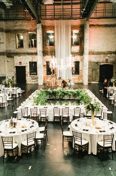 Ceremony Seating, Seating Plan Wedding, Table Seating, Casual Wedding Reception, Wedding Venues, Wedding Table Layouts, Seating Arrangement Wedding, Bridal Table, Warehouse Wedding