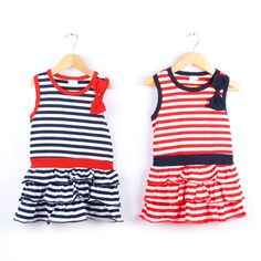 Gestreepte baby Girl jurk met strik zonder mouwen   € 12.79