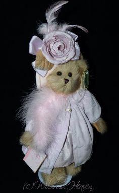 Bearington Princess Rosa Plume by WildroseHeaven on Etsy Cute Bears, Antique Dolls, Buy And Sell, Teddy Bear, Princess, Christmas Ornaments, Antiques, Holiday Decor, Handmade