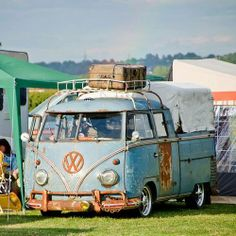 VW double cab with a little patina.