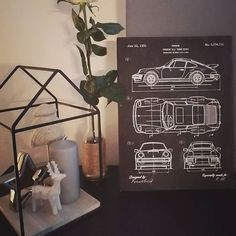 Ďakujeme za ďalšiu fotografiu z Vianoc 😍👌 Tento obraz s motívom ikonického Porsche 911 putoval k Barborke do Trenčianskej Turnej 😊  @b.o.r.a.h.r.i.c Porsche 911, Home Decor, Homemade Home Decor, Porsche 964, Interior Design, Home Interiors, Decoration Home, Home Decoration, Home Improvement