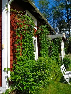 Persbo by peter.lubeck, via Flickr  Soo Swedish - getting homesick!