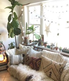 Magical morning view. . Made more magical with my new @alysestudios kilim pillow and he rest of the pillow party . . . . . . . . . . . .