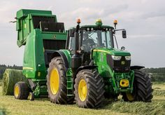 Find out the John Deere Series Row Crop Tractors like small chassis and large chassis tractor Price list USA, Specifications, Key Facts, images and Big Tractors, John Deere Tractors, John Deere Equipment, Heavy Equipment, Tractor Pictures, Tractor Price, Ranch Farm, New Holland, Dirtbikes