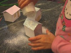 An easy glitter village that kids can make (complete with templates) Unicorn And Glitter, Glitter Girl, Christmas Crafts To Make, Christmas And New Year, Christmas Ideas, Putz Houses, Village Houses, Paper Houses, Cardboard Houses