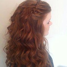 #fauxwaterfall with scrimped curls @samvillahair