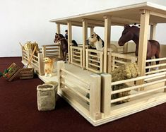 Wooden toy barn, horse stable for Schleich horses - Wooden diy Toy Horse Stable, Schleich Horses Stable, Horse Stables, Horse Barns, Breyer Horses, Pole Barn Packages, Wooden Toy Barn, Horse Crafts, Animal Crafts