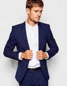 minimalist class // menswear, mens style, fashion, fashion, navy, blue, suit, hair cut, hairstyle