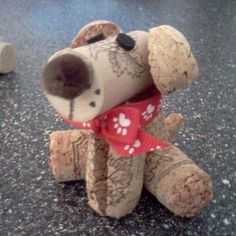 How adorable! A diy wine cork dog. I can't wait to make this cute craft idea! Wine Craft, Wine Cork Crafts, Wine Bottle Crafts, Wine Bottles, Soda Bottles, Crafts To Make, Crafts For Kids, Diy Crafts, Recycled Crafts