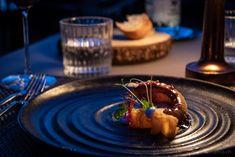 Gourmet-Restaurant Sens im Hotel Vitznauerhof am Vierwaldstättersee  #gourmet #restaurants #Vitznauerhof #Vierwaldstättersee Food Porn, Food Styling, Panna Cotta, Food Photography, Restaurants, Eat, Ethnic Recipes, Gourmet, Food Food
