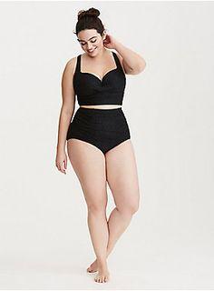 Plus Size Crochet Twist Bikini Badeanzug - Plus Size Badeanzug - Facha ❤️ - Plus Size Bikini Bottoms, Women's Plus Size Swimwear, Curvy Swimwear, Trendy Swimwear, Bikini Tops, Bikini Swimsuit, Look Plus Size, Plus Size Model, Plus Size Bikini