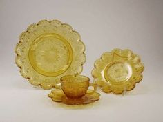 Depression Glass Dishes in Amber aster and fleur by VintagebyViola, $199.00 perfect for summer kitchen addition. Summer Kitchen, Concorde, Glass Dishes, Aster, Vintage Glassware, Dinner Plates, Depression, Tea Cups, Decorative Plates